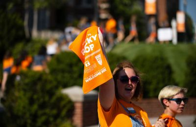 Orientation leader with Rocky Top flag